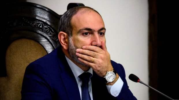 Армия Армении отказалась поддержать премьер-министра Пашиняна