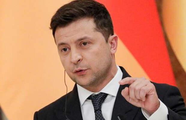 Зеленский заявил о невозможности авторитаризма на Украине