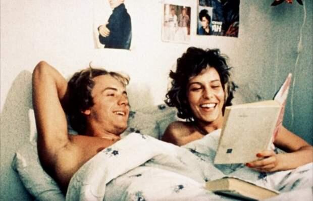 """Кадр из фильма """"Маленькая Вера"""" 1988 год"""