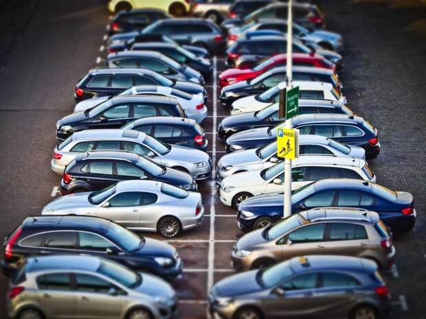 В Ижевске с начала года за неправильную парковку оштрафовали 947 водителей