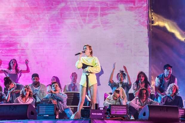 В День города на набережной Сарапула выступит группа «Моя Мишель»