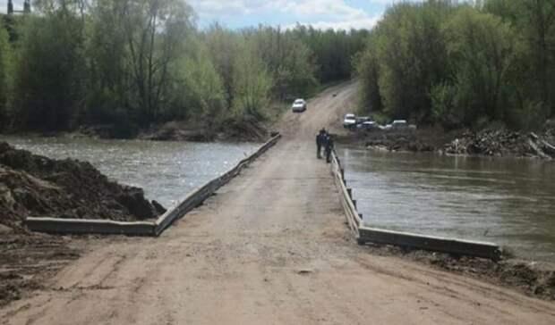 Под Бузулуком открыли движение по низководному мосту через реку Самара