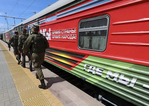 В регионах Поволжья встретят тематический поезд акции «Мы – армия страны! Мы – армия народа!»