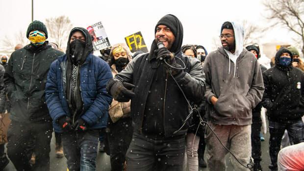 Полицейские после серии протестов задержали более 100 жителей Миннесоты
