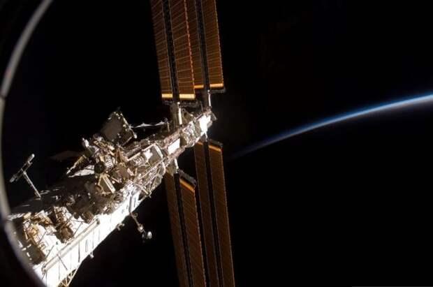 Астронавты починили американскую систему получения воды на МКС