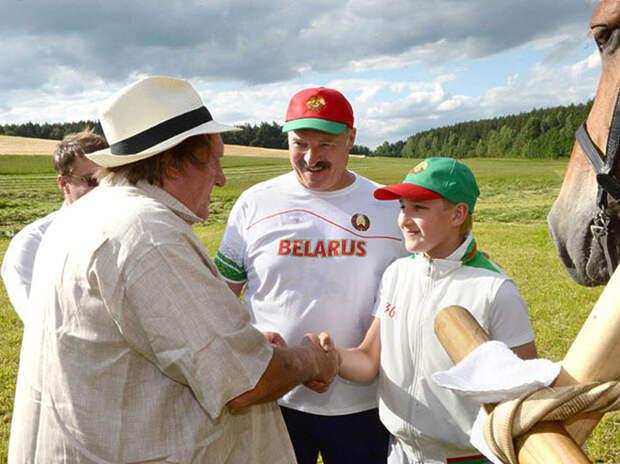 Коля Лукашенко стал героем эпоса