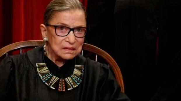 """В США умерла старейшая судья Верховного суда Рут Гинзбург, которую называли """"иконой либерализма"""""""