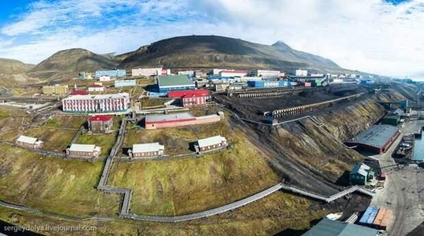 Баренцбург — самый северный российский поселок, расположенный в Норвегии