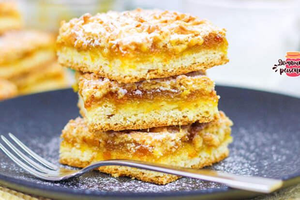 Фото к рецепту: Венское печенье или тертый пирог с вареньем