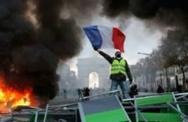 Францию лишат Рождества