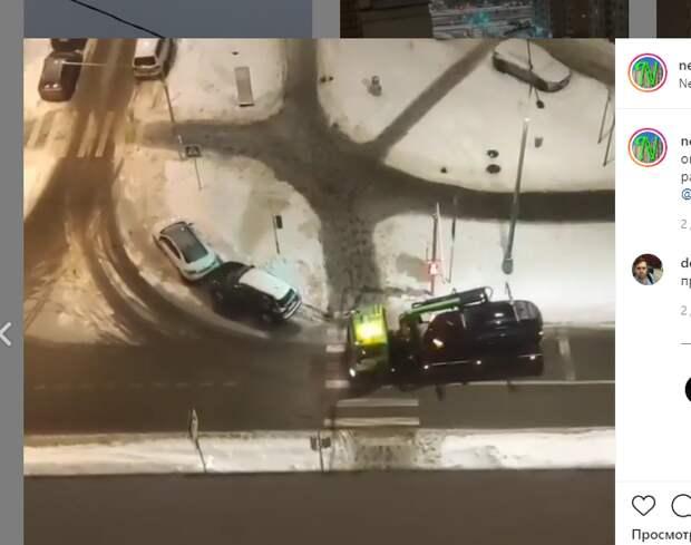 Машина-нарушитель разбудила жителей на Ухтомского ополчения в полпятого утра