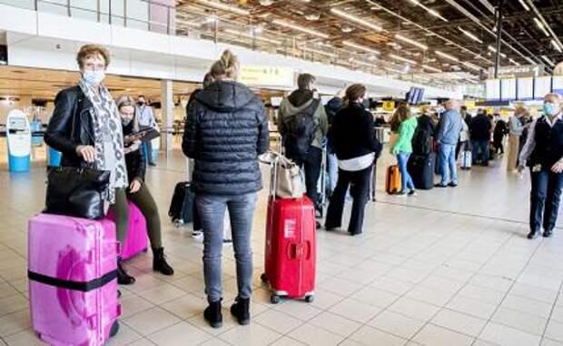 Для русских туристов в ЕС вводят вакцинный апартеид