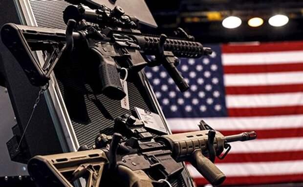 Байден требует от законодателей ограничить доступ американцев к «стволам»