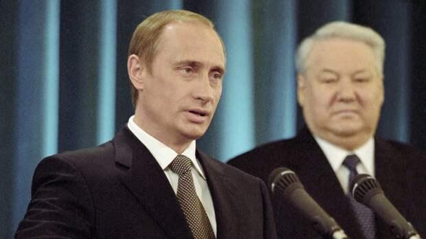 Путин 21 год назад впервые вступил в должность президента России