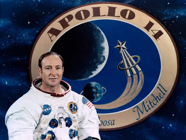 Эдгар Дин «Эд» Митчелл (1930-2016), пилот лунного модуля корабля «Аполлон-14», был на Луне 5-6 февраля 1971 года.