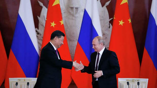 В США призывают к глобальному бегству и сдаче Москве и Пекину целых регионов