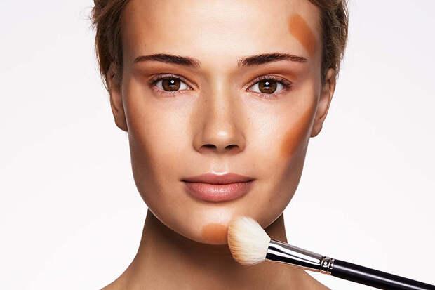 На 10 лет старше: избегайте этих ошибок в своем макияже, если вам за 30
