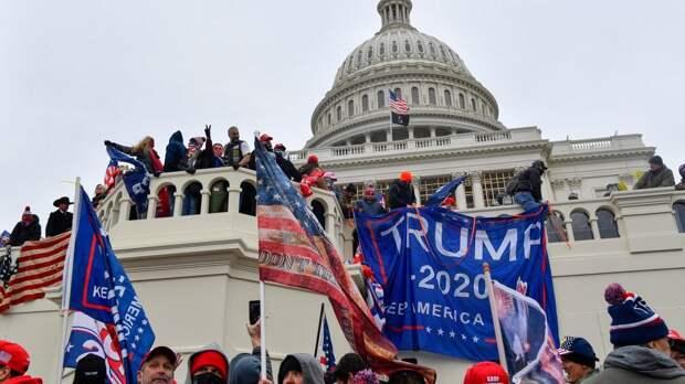 Все только начинается: американские эксперты о протестах в США