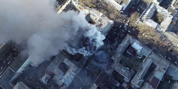 На фабрике в Нью-Дели, где сгорели 43 человека, вновь начался пожар