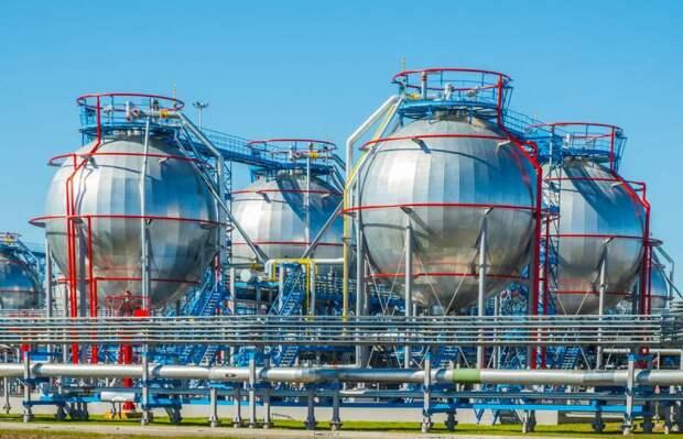 «Газпром» еще больше сократил закачку газа в европейские хранилища на фоне небывалого роста цен