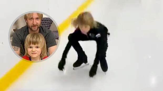 «И так будет с каждым!» Плющенко заставил Гном Гномыча присесть 50 раз на коньках за опоздание на тренировку: видео