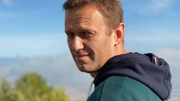 Соратники Навального пытаются удержать образ сакральной жертвы в лице блогера