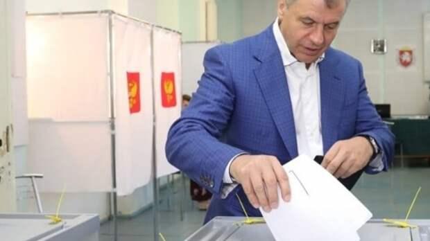 Константинов проголосовал на выборах в Госсовет Крыма