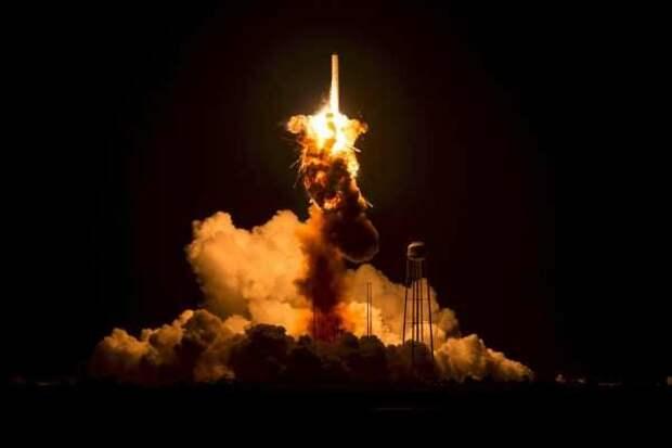 США вывели на орбиту спутник для слежки за ракетными угрозами