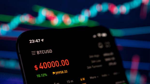 Почему растёт биткоин, куда падает доллар и что будет с рублём