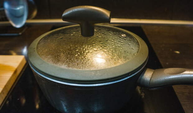 ВТюмени годовалая девочка опрокинула насебя кипяток иполучила ожоги 1-2 степени