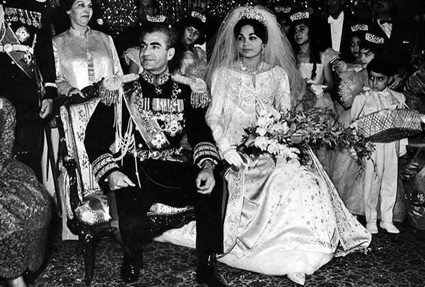 Свадьба шаха Мохаммеда Резы Пехлеви и его невесты Фарах, 1959 год
