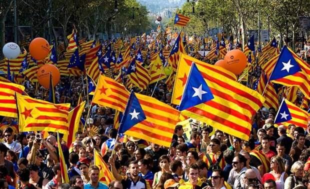 Демонстрация сторонников каталонской независимости - Каталония: сепаратизм под сенью эстелады | Военно-исторический портал Warspot.ru