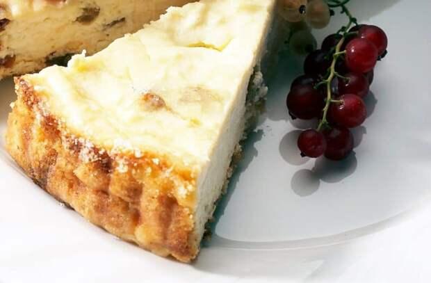Творожная запеканка со вкусом белого шоколада. Нежный десерт с суфлеобразной консистенцией 4