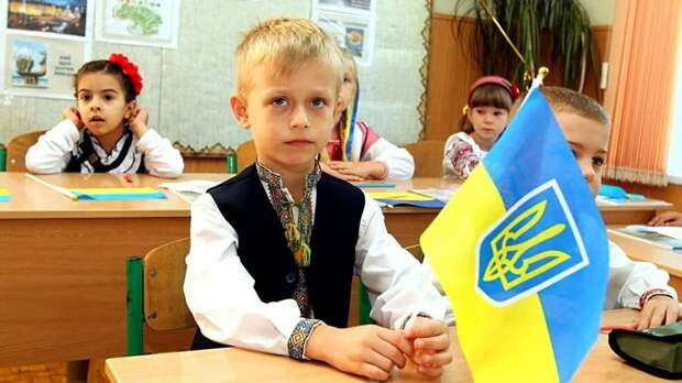 Прибалтика преподаст украинцам уроки русского языка