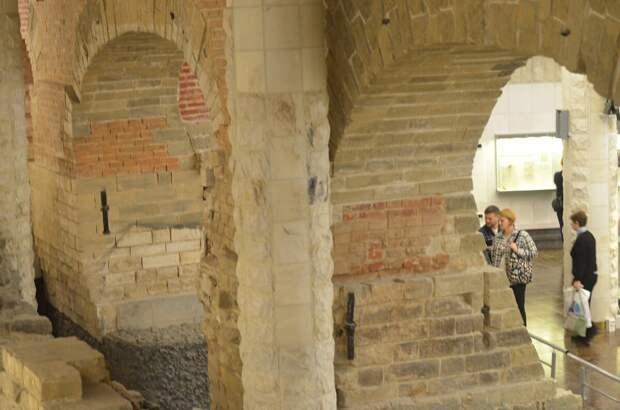 Музей археологии Москвы. Мост, оказавшийся под землей