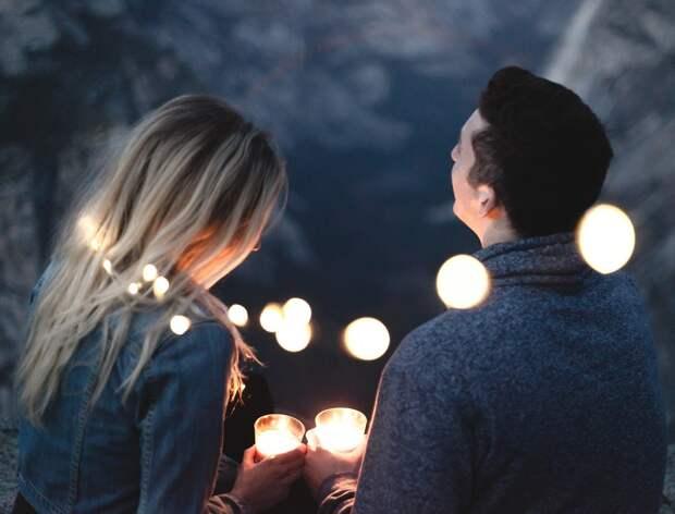 7 женских уловок, чтобы влюбить в себя мужчину уже на первом свидании