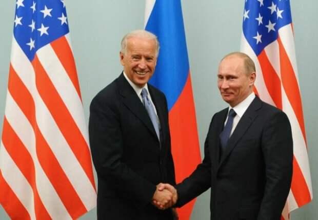 «Главное, чтобы Байден не ел, не пил, не принимал подарков»: американцы реагируют на предстоящую встречу Путина и Байдена