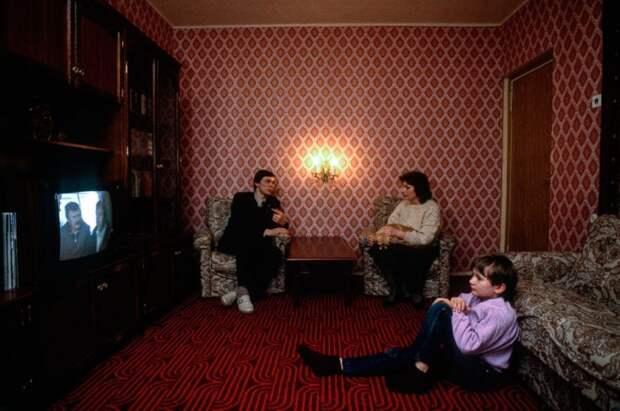 Квартира в центре Москве. СССР, 1989 год. Автор фотографии: Chris Niedenthal.