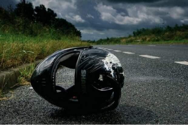 «Уже перенес четыре операции, предстоит пятая»: Известный российский исполнитель попал в жесткое ДТП на мотоцикле