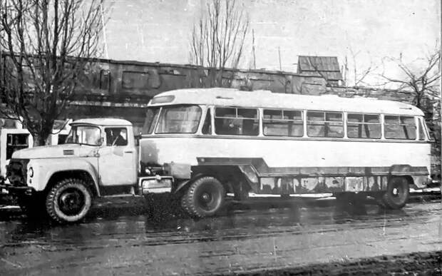 ОдАЗ-869