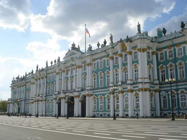 Эрмитаж попал в топ лучших мировых музеев: какую строчку занял главный музей Петербурга