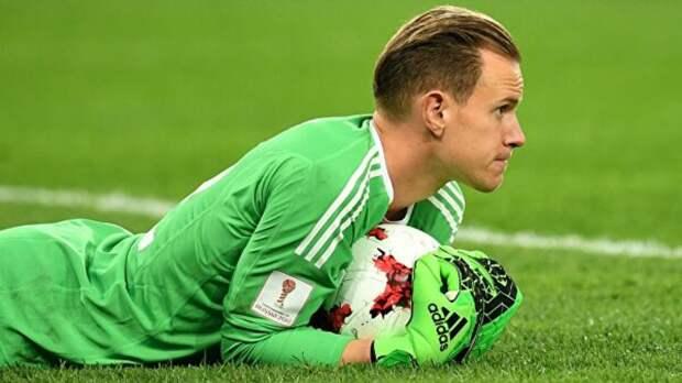 Вратарь сборной Германии Штеген пропустит Евро-2020 из-за операции