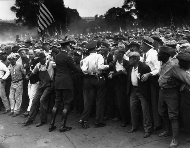США в годы Великой Депрессии.  Марш ветеранов Первой Мировой, 1932 год