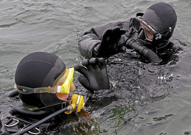 Бойцы противодиверсионного отряда Балтийской военно-морской базы уничтожили условных диверсантов на побережье