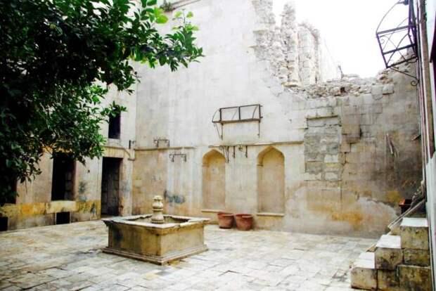 Дом со двором в Алеппо, Сирия. /Фото: ecestaticos.com