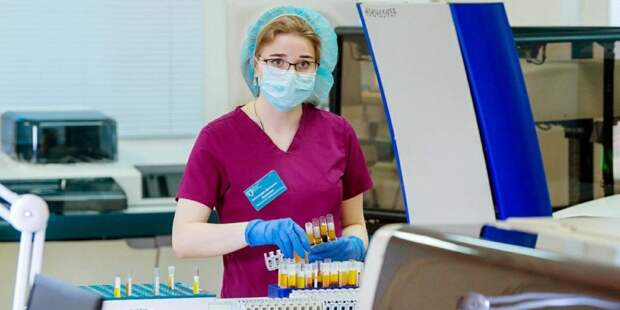 Собянин подписал указ о доплатах лечащим коронавирус медикам. Фото: mos.ru