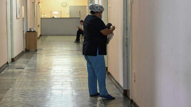 Медицинский персонал в больнице Charite в Берлине, где находится Алексей Навальный - РИА Новости, 1920, 08.09.2020
