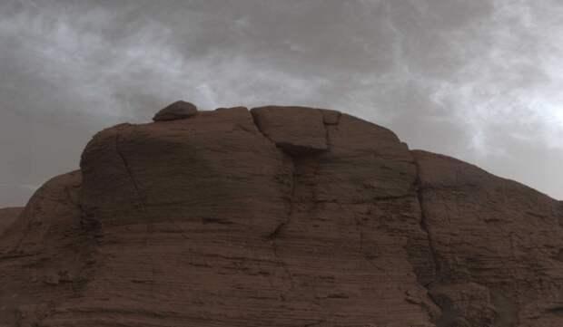 Curiosity прислал уникальные фотографии облаков на Марсе