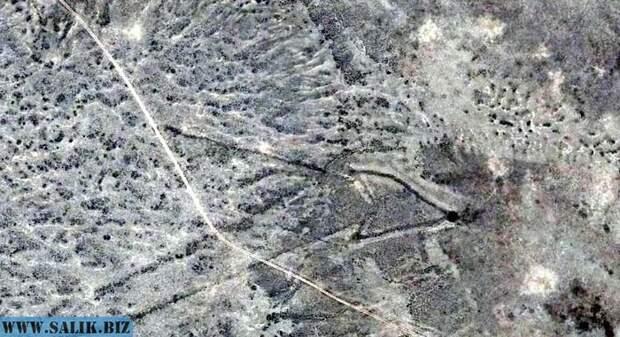 О загадочных строениях на плато Устюрт