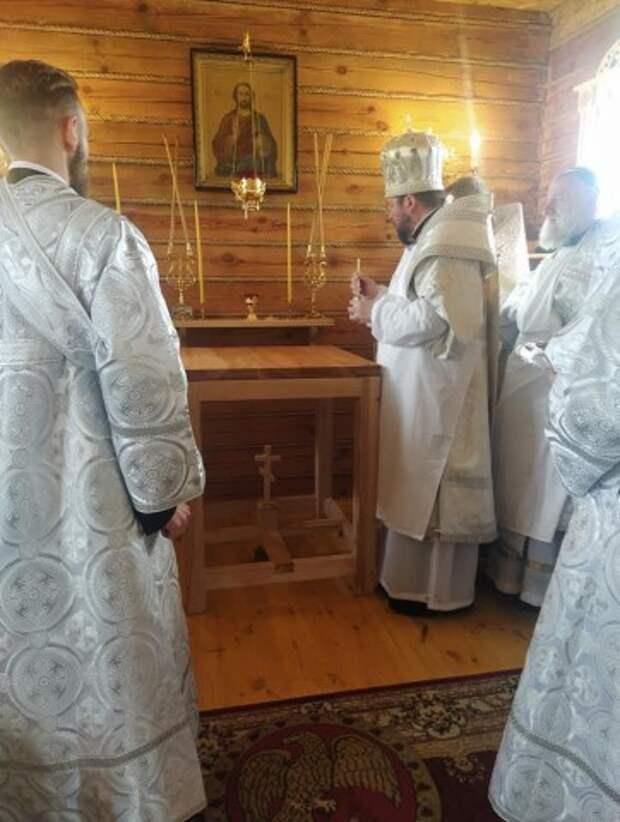 В деревне Весново Глусского района епископ Серафим совершил освящение нового храма в честь святителя Патрикия Ирландского.